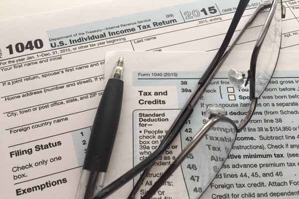 Looking at Boston North Shore tax deductions for late filers for 2015